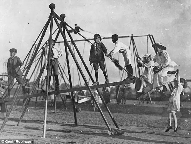 the world's first playground swing (6)